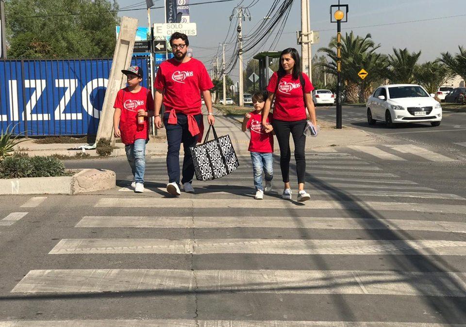 Chile: Familias bendiciendo a familias