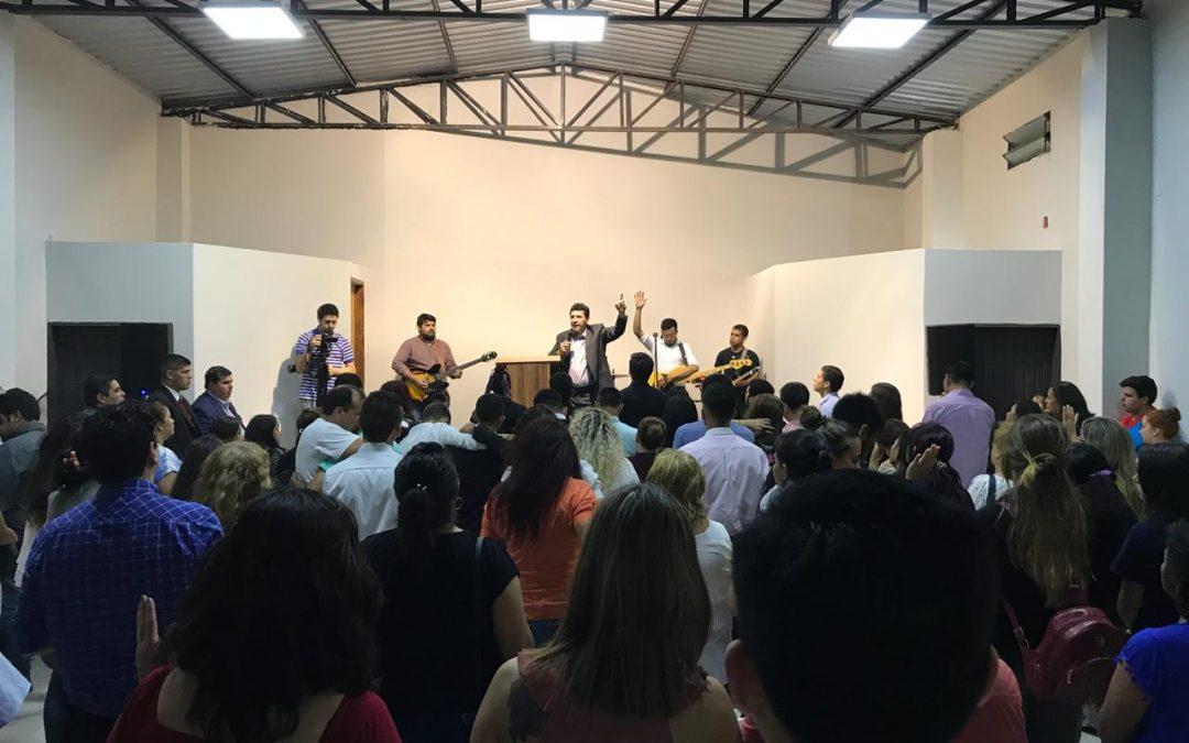 En San Antonio Paraguay las iglesias siguen creciendo