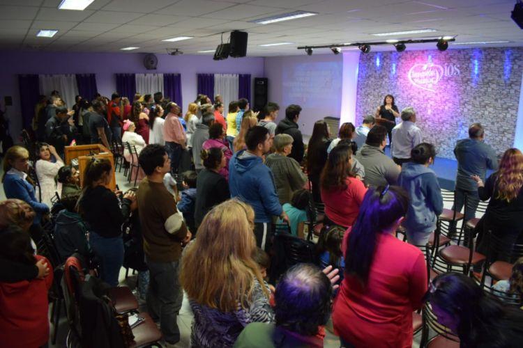 Mas iglesias se suman a la visión en Coyhaique, Chile